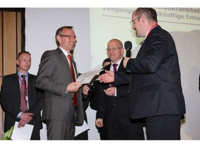 VibroTac gewinnt den INNOVATION-AWARD 2014 - VibroTac winns innovation award 2014